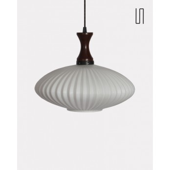 Suspension danoise en opaline, 1960