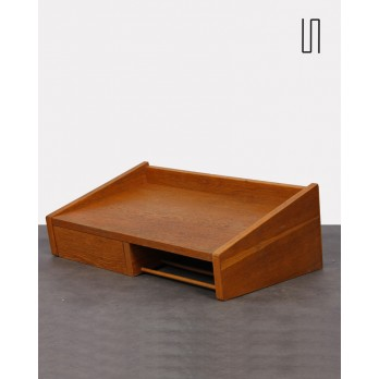 Petite table en chêne d'Europe de l'Est pour Drevotvar, 1962