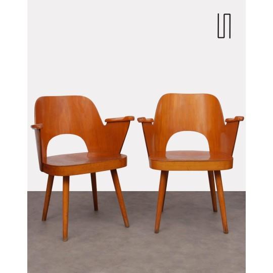 Paire de fauteuils par Oswald Haerdlt pour Ton, 1960