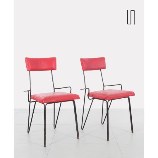Paire de chaises rouges en métal, Europe de l'Est, 1950