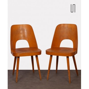 Pair of wooden chairs by Oswald Haerdtl, 1960