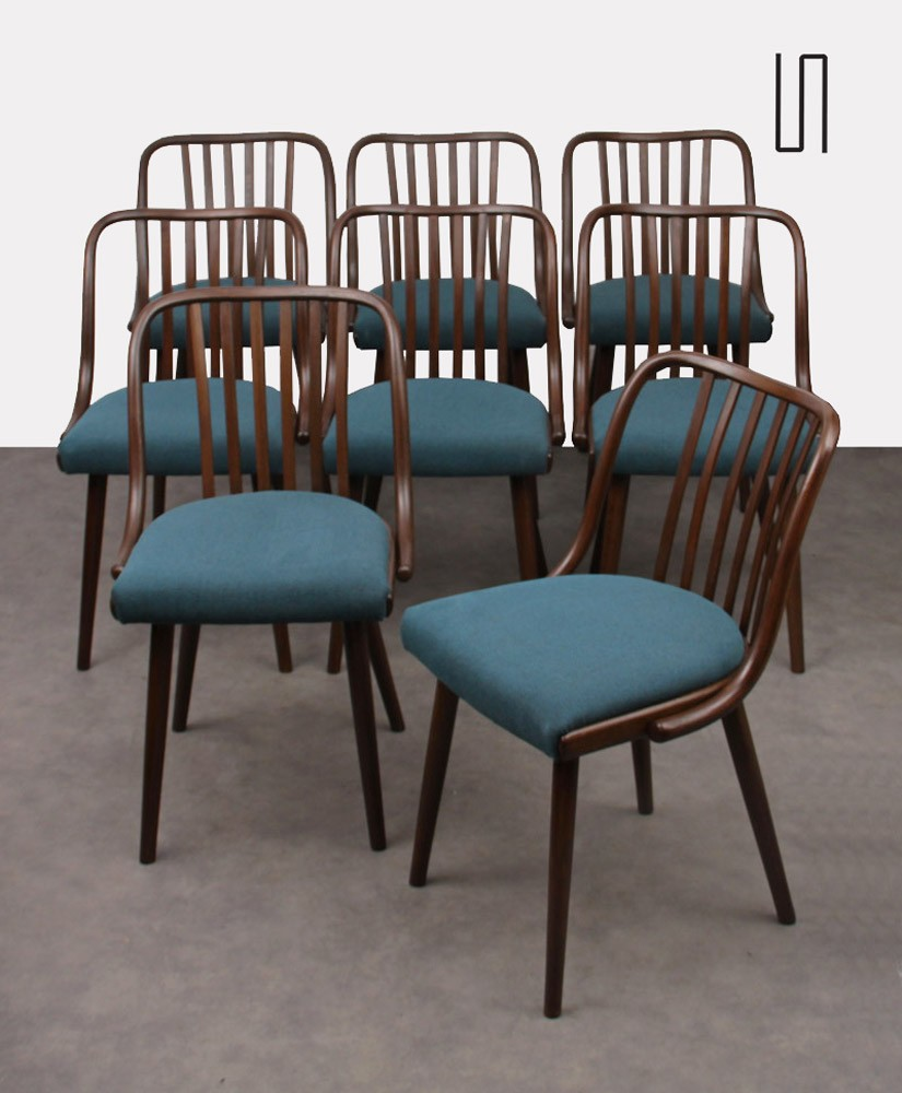 Suite of 8 chairs by Antonin Suman for Jitona, 1960s