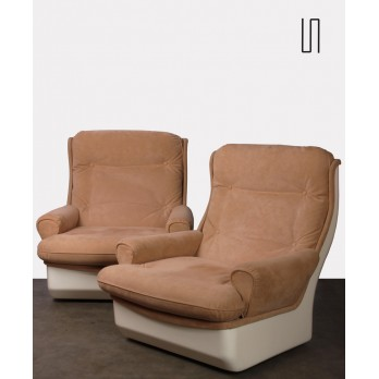 Pair of Orchidée armchairs by Michel Cadestin for Airborne, 1970s