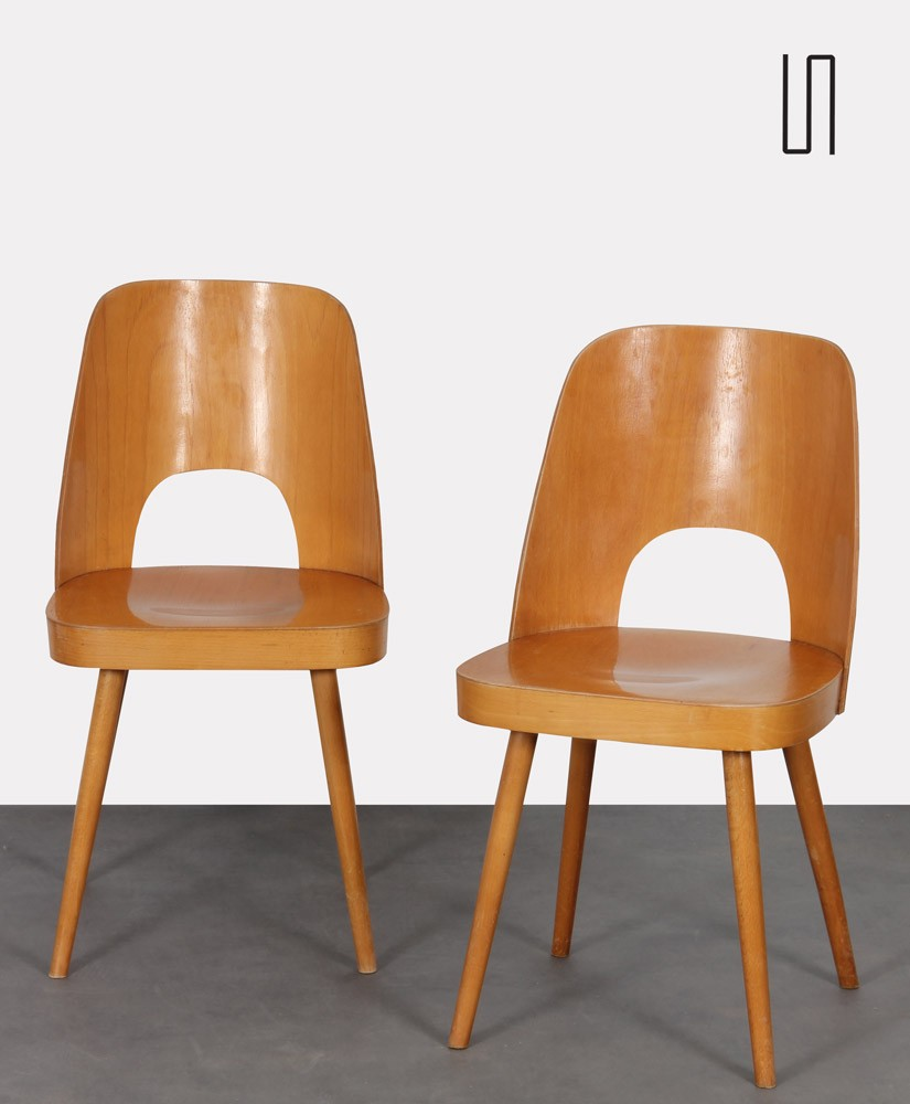 Pair of wooden chairs by Oswald Haerdtl for Ton, 1960s