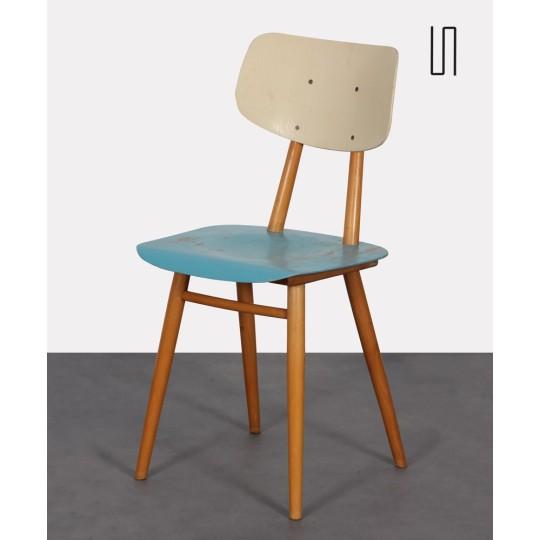 Chaise vintage en bois à l'assise bleue, éditée par Ton, 1960