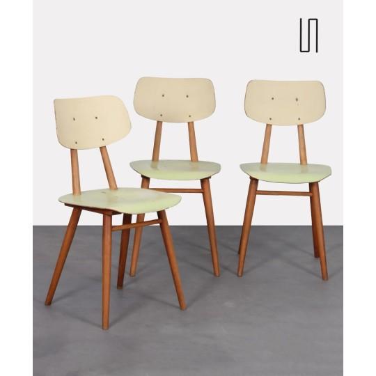 Suite de 3 chaises vintage en bois pour le fabricant Ton, 1960